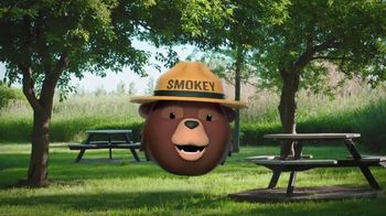 Smokey Bear Campaign TV Spot, 'Isabella Gomez Helps Smokey' - Thumbnail 8