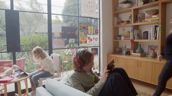 XFINITY Gig Speed Internet TV Spot, 'Extremely Sticky Tablet: $39.99' Featuring Amy Poehler - Thumbnail 1