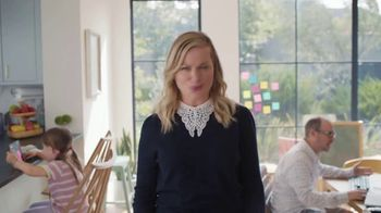 XFINITY Gig Speed Internet TV Spot, 'Extremely Sticky Tablet: $39.99' Featuring Amy Poehler - Thumbnail 6