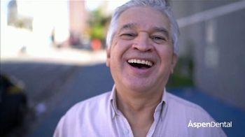 Aspen Dental Everyday Smiles Event TV Spot, 'Start the Year Smiling: 30% Off' - Thumbnail 1