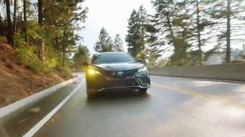 2021 Toyota Camry TV Spot, 'Western Washington Road Trip: Power and Style' Featuring Ethan Erickson, Danielle Demski [T2] - Thumbnail 5