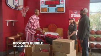 Wendy's Honey Butter Chicken Biscuit TV Spot, 'Reggie Renews His Lease' Featuring Reggie Miller - Thumbnail 3