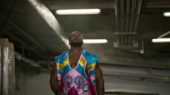 Snickers TV Spot, 'Confused?' Featuring Big E - Thumbnail 3