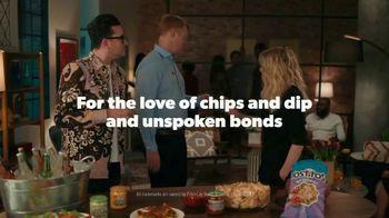 Tostitos TV Spot, 'Not a Word' Featuring Dan Levy, Kate McKinnon - Thumbnail 9
