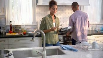 Dawn Platinum Powerwash TV Spot, 'Spray, Wipe and Rinse: Free & Clear' - Thumbnail 1