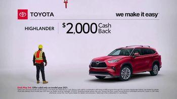 Toyota TV Spot, 'Construction: Highlander' [T2] - Thumbnail 4