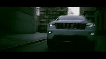 Jeep TV Spot, 'Que hace Jeep' [Spanish] [T2] - Thumbnail 3