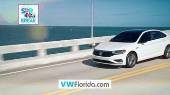 Volkswagen Sign Then Drive Event TV Spot, 'Spring Break: Break Away Leasing' [T2] - Thumbnail 10