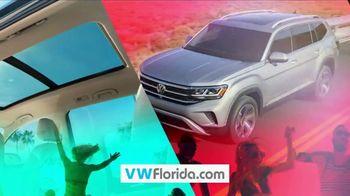 Volkswagen Sign Then Drive Event TV Spot, 'Spring Break: Break Away Leasing' [T2] - Thumbnail 8