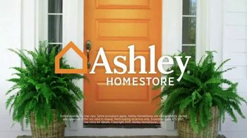 Ashley HomeStore The Big Deal Event TV Spot, 'Save 10%: Bed and Sectional' - Thumbnail 9