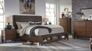 Ashley HomeStore The Big Deal Event TV Spot, 'Save 10%: Bed and Sectional' - Thumbnail 3