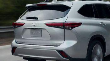 2021 Toyota Highlander TV Spot, 'Time for a Change' [T2] - Thumbnail 4