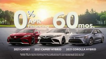 Toyota TV Spot, 'Run the Numbers: Corolla and Camry' [T2] - Thumbnail 10