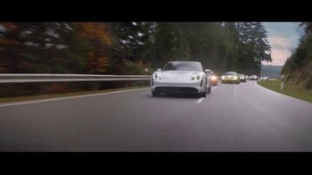 Porsche Taycan TV Spot, 'The Heist' [T2] - Thumbnail 8