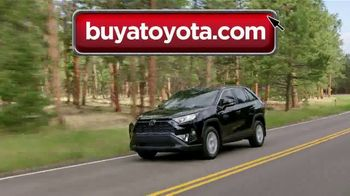 Toyota College Grad Rebate TV Spot, 'Start Your Journey' [T2] - Thumbnail 3