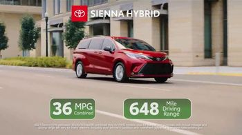 Toyota TV Spot, 'Ten Different Hybrids' [T2] - Thumbnail 6