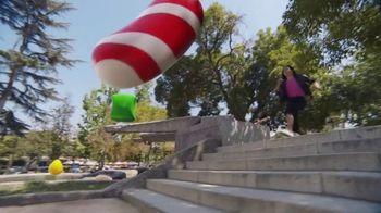 Candy Crush Saga TV Spot, 'Evergreen Generic' canción de Dean Martin [Spanish]