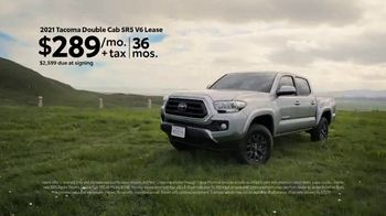 Toyota Make It Yours Sales Event TV Spot, 'Get In Today: Country Roads' Song by Jet [T2] - Thumbnail 5