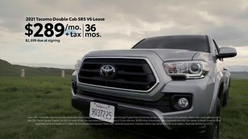 Toyota Make It Yours Sales Event TV Spot, 'Get In Today: Country Roads' Song by Jet [T2] - Thumbnail 6