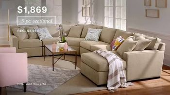 Macy's TV Spot, 'Lowest Prices of the Season: Sectional, Sheets and Bedding' - Thumbnail 3