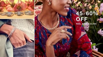 Macy's TV Spot, 'Spring Refresh: Sandals, Sneakers and Jewelry' - Thumbnail 4