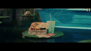 Taco Bell $5 Chalupa Cravings Box TV Spot, 'Wildest Cravings: Boat' - Thumbnail 4