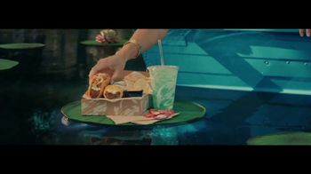 Taco Bell $5 Chalupa Cravings Box TV Spot, 'Wildest Cravings: Boat' - Thumbnail 5