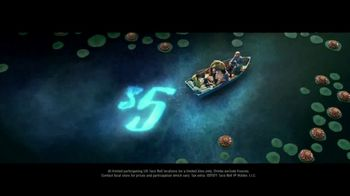 Taco Bell $5 Chalupa Cravings Box TV Spot, 'Wildest Cravings: Boat' - Thumbnail 7