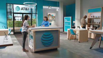 AT&T Wireless TV Spot, 'Lily Rotating Sign + Free Samsung Galaxy S21 5G' - Thumbnail 1