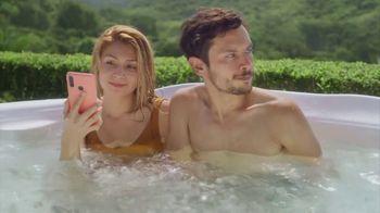 Travelocity TV Spot, 'Hot Tub'