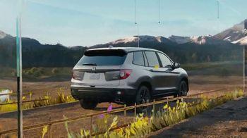 2021 Honda Passport TV Spot, 'Smart and Capable' [T2] - Thumbnail 2