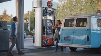 76 Gas Station TV Spot, 'Jean and Gene's Awesome Adventure Road Trip: Fill Up' - Thumbnail 9