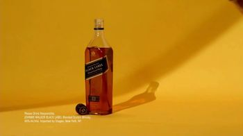 Johnnie Walker Black Label TV Spot, 'A Gift in Every Sip' Song by Lizzy Mercier Descloux - Thumbnail 7