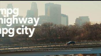 2021 Honda HR-V TV Spot, 'On a Roll: HR-V' Song by Grace Mesa [T2] - Thumbnail 4