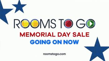 Rooms to Go Memorial Day Sale TV Spot, 'Cindy Crawford Home Three-Piece Sectional: $2,195' - Thumbnail 8