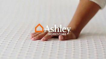 Ashley HomeStore Memorial Day Sale TV Spot, '0% Interest on Tempur-Pedic' - Thumbnail 1