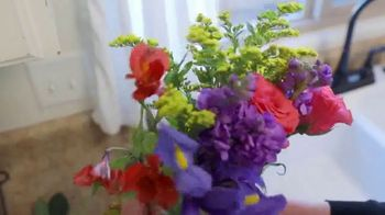 Balance of Nature TV Spot, 'Diane the Gardener' - Thumbnail 3