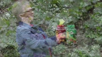 Balance of Nature TV Spot, 'Diane the Gardener' - Thumbnail 9