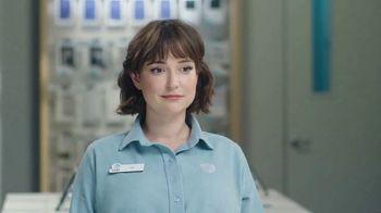 AT&T Wireless 5G TV Spot, 'Foam Hands' - Thumbnail 3