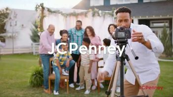 JCPenney Friends & Family Sale TV Spot, 'Fresh Looks for All' - Thumbnail 1