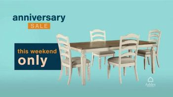 Ashley HomeStore Anniversary Sale TV Spot, 'This Weekend: 25% Off' - Thumbnail 6