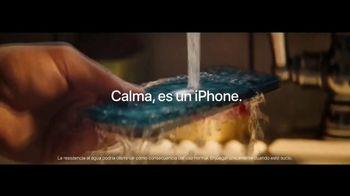 Apple iPhone 12 TV Spot, 'Cocinero' canción de Naïka [Spanish] - Thumbnail 8