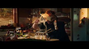 Apple iPhone 12 TV Spot, 'Cocinero' canción de Naïka [Spanish] - Thumbnail 5