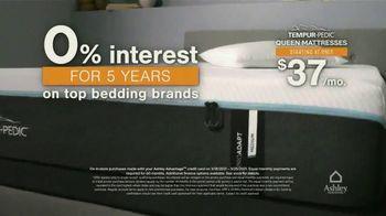 Ashley HomeStore Anniversary Sale Mattress Event TV Spot, '$200 Rewards Card' - Thumbnail 5