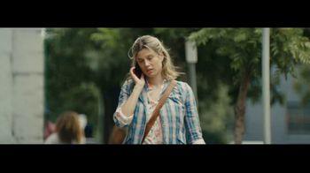 Apple iPhone TV Spot, 'Fumbling' Song by Nitin Sawhney - Thumbnail 1