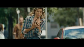 Apple iPhone TV Spot, 'Fumbling' Song by Nitin Sawhney - Thumbnail 2