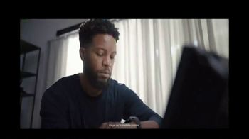 Fidelity Investments TV Spot, 'Proactive Notifications' Song by Depeche Mode - Thumbnail 4