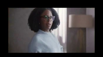 Fidelity Investments TV Spot, 'Proactive Notifications' Song by Depeche Mode - Thumbnail 8