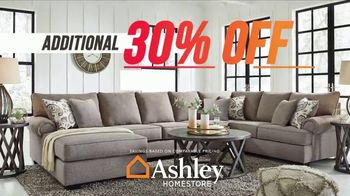 Ashley HomeStore Super Sale TV Spot, 'Save 40%, Delivery and Financing' - Thumbnail 3
