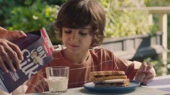 Silk Original Oat Milk TV Spot, 'Ribbon-worthy Creaminess'